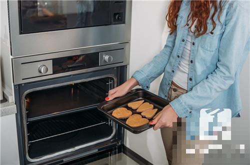 烤箱烤饼为什么干硬