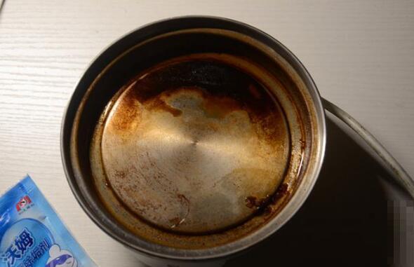 热水壶去除茶垢最快的方法