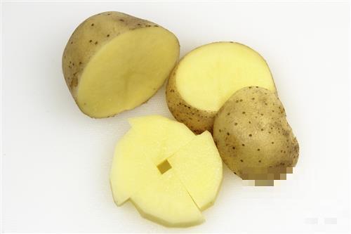 土豆对人的好处主要有5点,但有2个禁忌也要了解