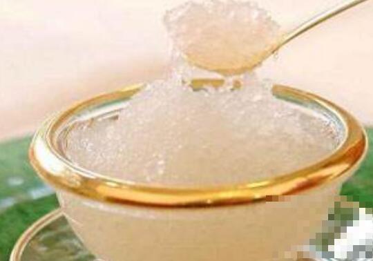 冰糖燕窝的功效与作用 吃冰糖燕窝的好处