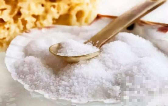 盐吃多了的坏处 哪些人不适合多吃盐