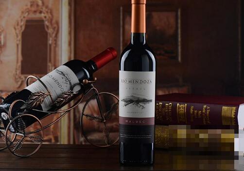 喝红酒的好处有哪些 喝红酒的坏处